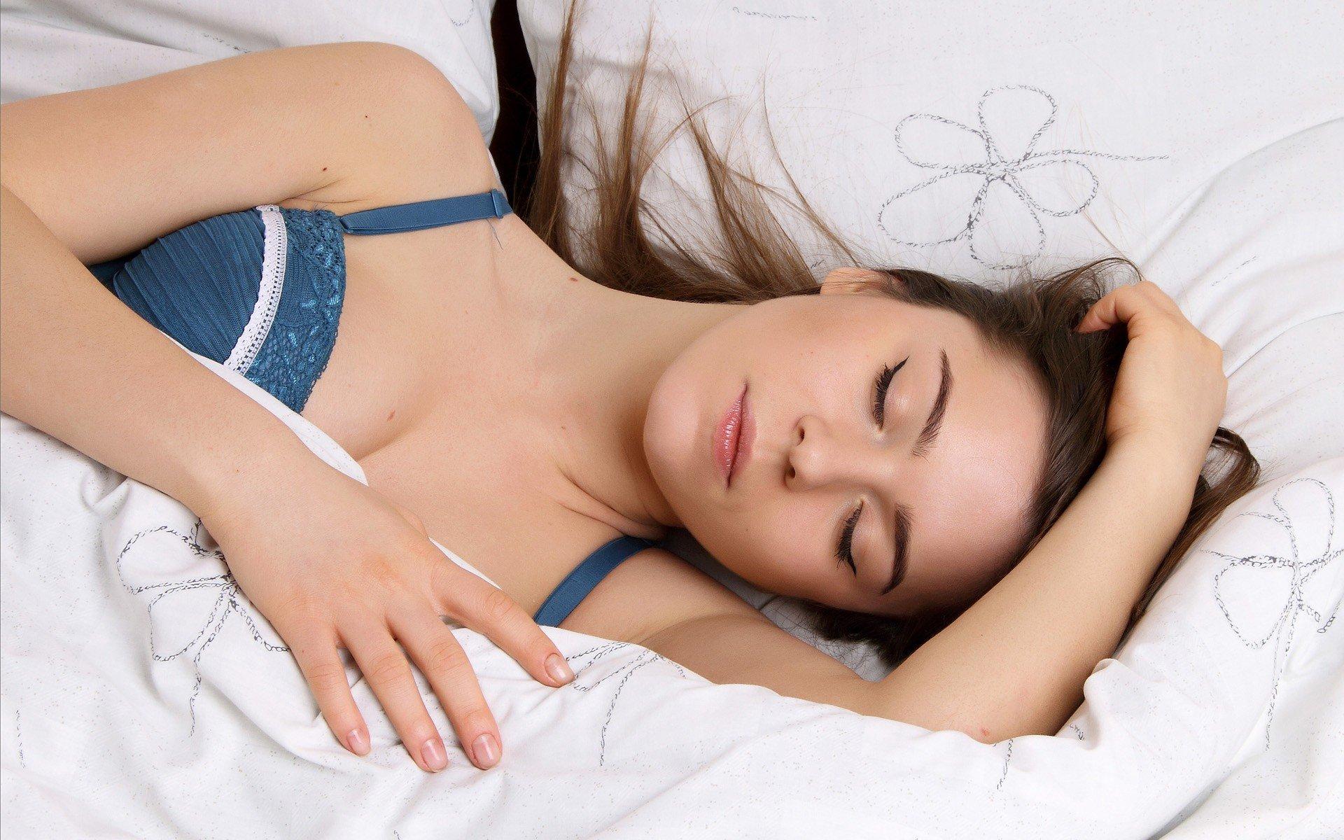 как удовлетворить женщину в постели Волоколамск