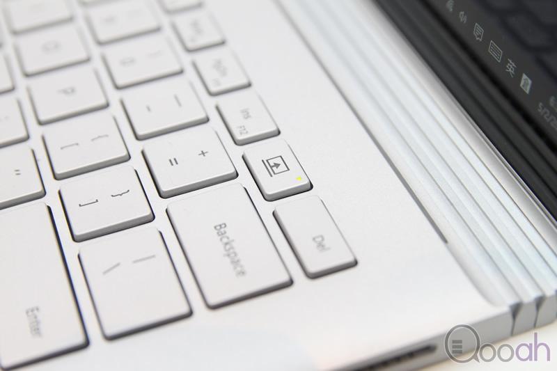 SurfaceBook_008