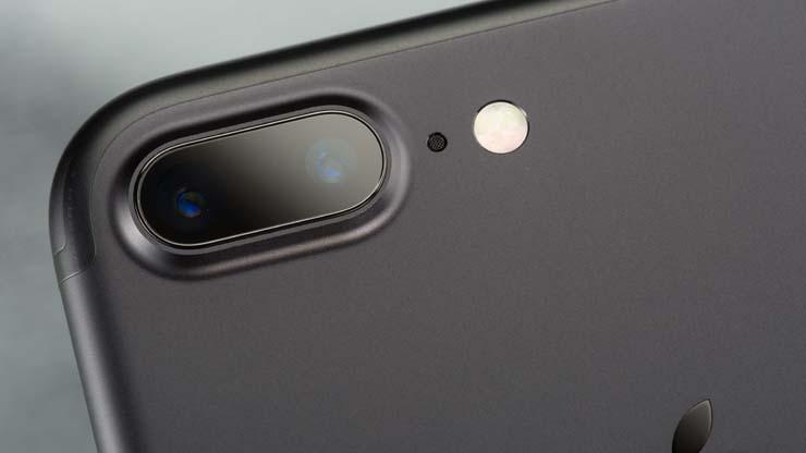 516831-iphone-7-plus-cameras